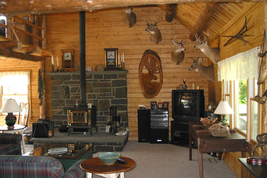 Haven great room in a NH Log Cabin Home