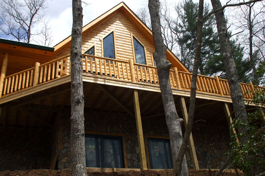Springfield log home exterior